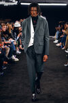 collection 2 look 25